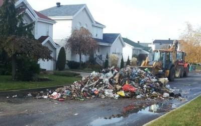 Début d'incendie dans deux camions de collectes de résidus domestiques: les résidus domestiques dangereux pourraient être en cause