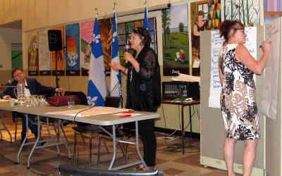 Forum sur la condition féminine: «Je suis heureux que ce premier forum ait suscité l'intérêt et ouvert la porte à la création d'un espace de concertation»                                                                                       -Sylvain Rochon