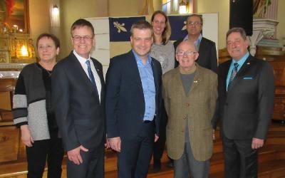 Sylvain Rochon salue la reconnaissance imminente du drapeau Carillon de Saint-Jude comme bien patrimonial