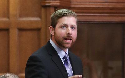 Mémoire du Bloc sur la réforme fiscale: « Ottawa serre la vis aux PME et maintient son laxisme envers les étrangers » -Xavier Barsalou-Duval