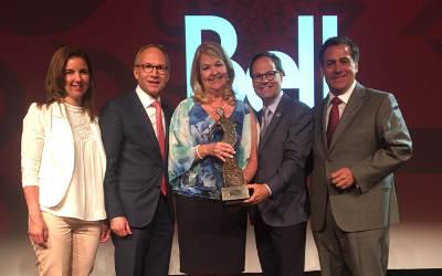 Assises de l'Union des municipalités du Québec: Suzanne Roy reçoit le prix Francine-Ruest-Jutras