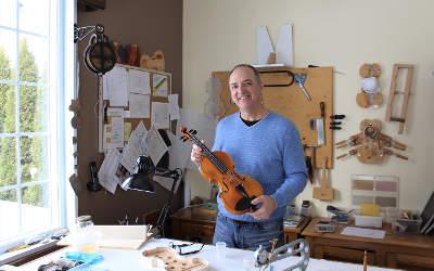 Guy Salois, un luthier contrecoeurois autodidacte