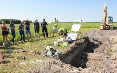 Caravane Santé des sols: les bonnes pratiques intéressent les agriculteurs!