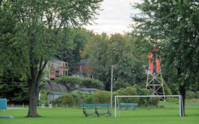 Afin d'améliorer la visibilité des tours de navigation pour le pilotage sur le fleuve: des travaux au Parc des Pionniers