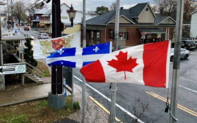 Contrecoeur: mise en berne des drapeaux devant la mairie